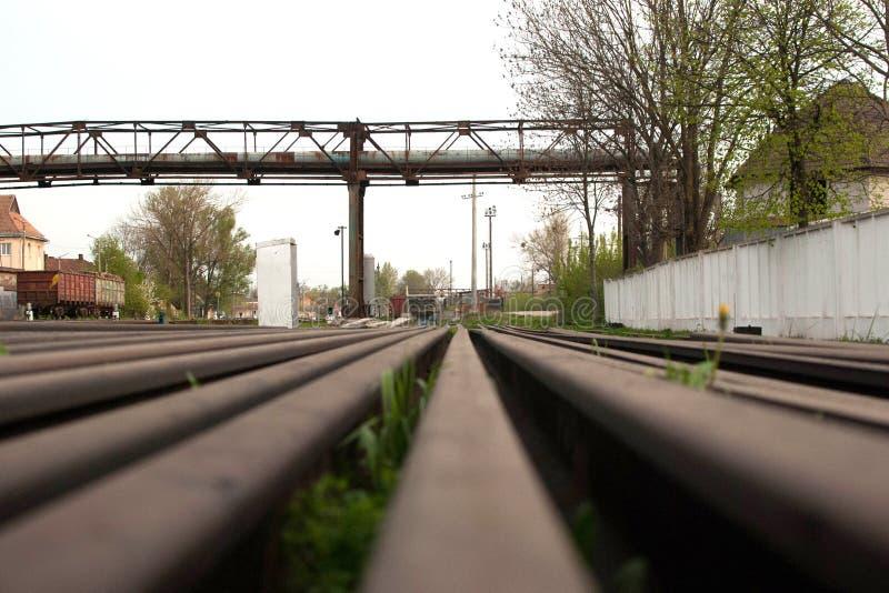 Πολλαπλάσιοι διακόπτες διαδρομής σιδηροδρόμων, συμβολική φωτογραφία για τις ιδιότητες απόφασης, χωρισμού και ηγεσίας στοκ εικόνες