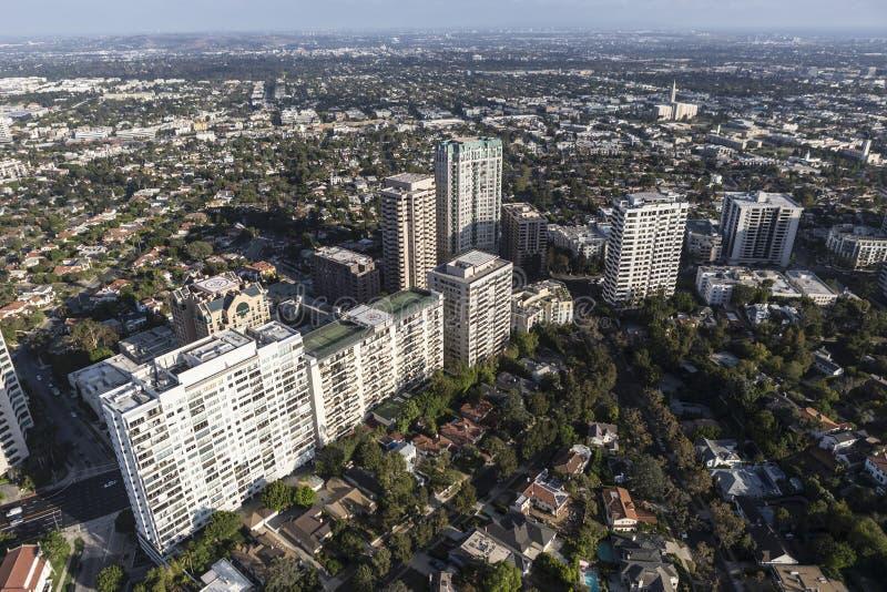 Πολυόροφο κτίριο Condos Blvd Wilshire και διαμερίσματα στο Λος Άντζελες στοκ φωτογραφίες