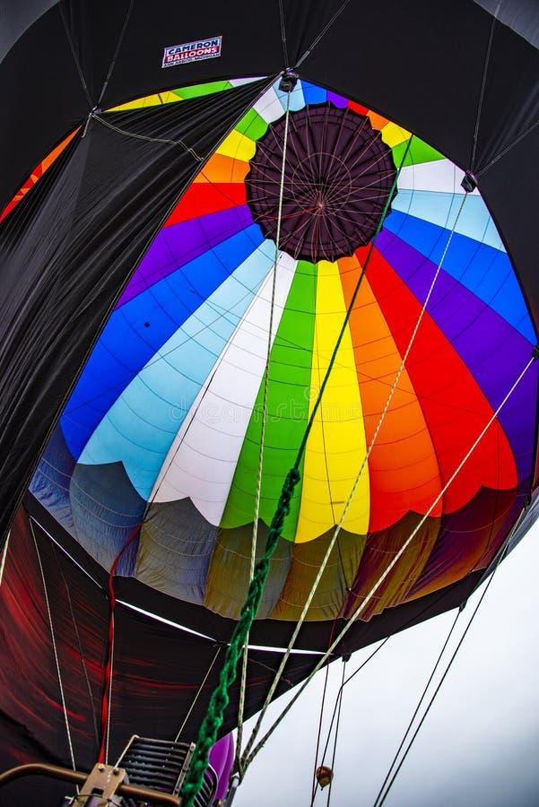 Πολυ χρωματισμένος Ballon φάκελος στον κλασικό Εργατικής Ημέρας μπαλονιών ζεστού αέρα του Colorado Springs του 2018 στοκ φωτογραφίες με δικαίωμα ελεύθερης χρήσης