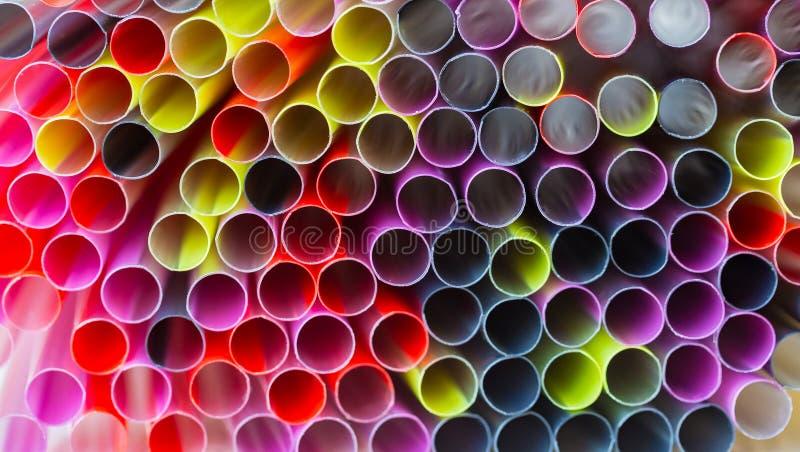 Πολύχρωμα πλαστικά άχυρα 13 στοκ εικόνα