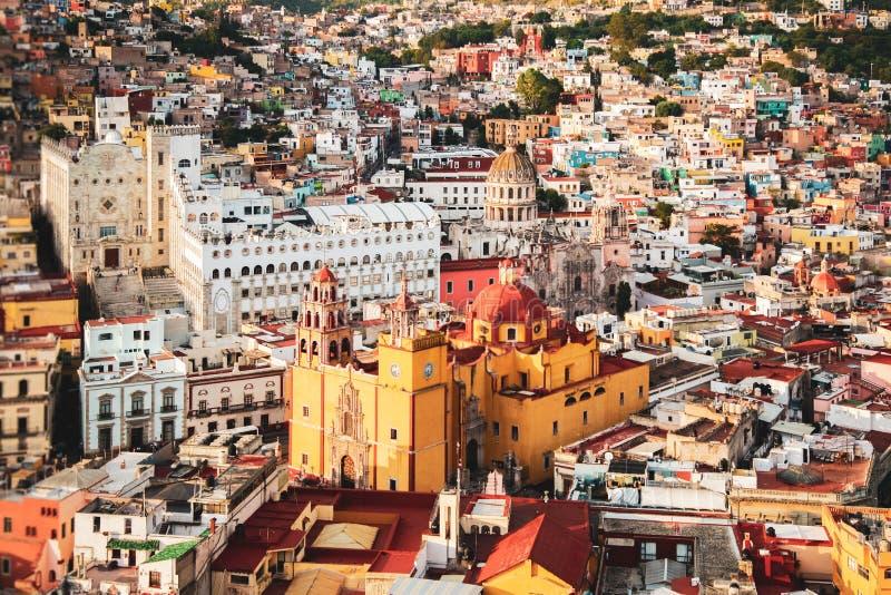Πολύχρωμο τοπίο της μεξικανικής πόλης Guanajuato Μεξικό στοκ φωτογραφία με δικαίωμα ελεύθερης χρήσης