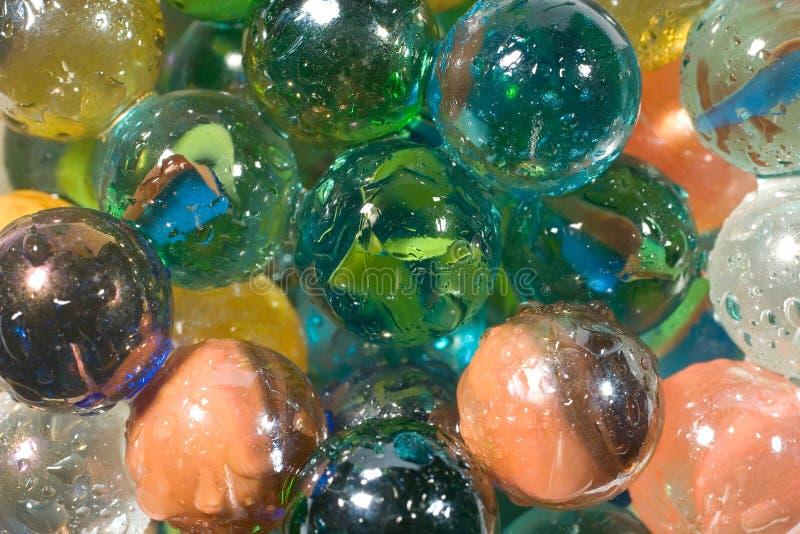 πολύχρωμο ύδωρ μαρμάρων απ&epsilo στοκ εικόνες
