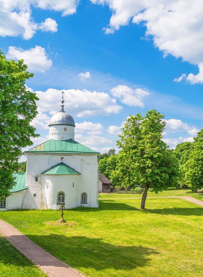 Πολύ αρχαία εκκλησία στοκ εικόνα με δικαίωμα ελεύθερης χρήσης