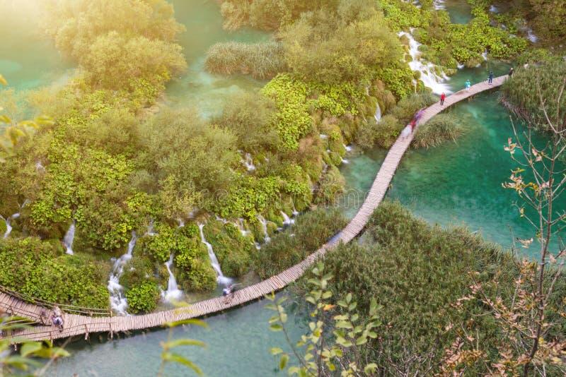 Πορεία γύρω από τις λίμνες Plitvice στοκ εικόνες