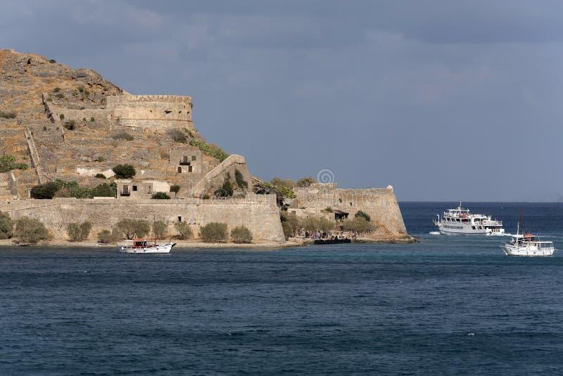 Πορθμείο επιβατών στο νησί Κρήτη, Ελλάδα Sinalonga στοκ εικόνα με δικαίωμα ελεύθερης χρήσης