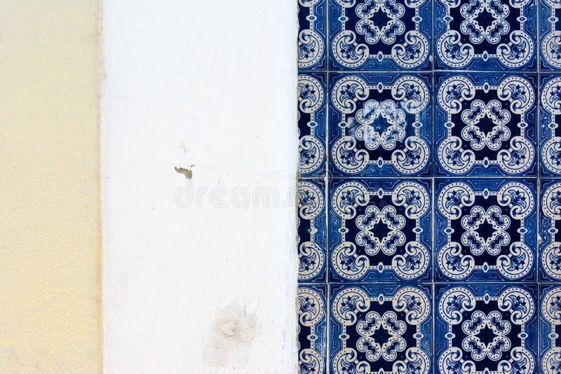 Πορτογαλική παραδοσιακή αρχιτεκτονική λεπτομέρειας κεραμιδιών εξωτερική διάσημη διανυσματική απεικόνιση