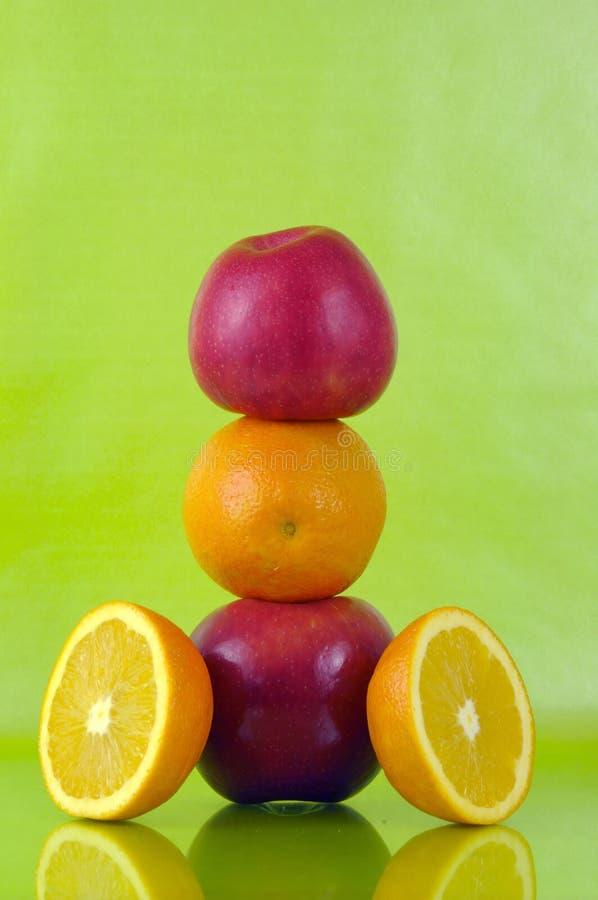 πορτοκάλια μήλων στοκ φωτογραφίες
