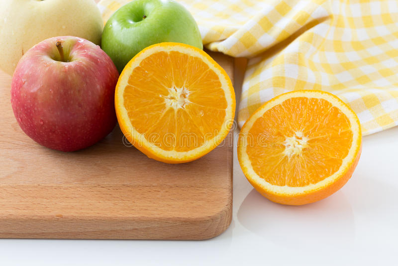 Πορτοκάλι, Apple και κινεζικό αχλάδι στοκ φωτογραφία με δικαίωμα ελεύθερης χρήσης