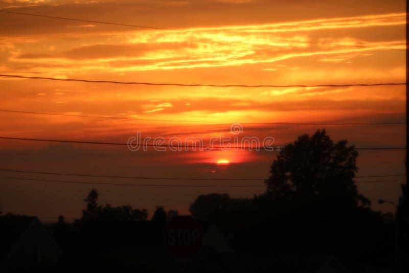 Πορτοκαλής ουρανός ηλιοβασιλέματος στοκ εικόνα