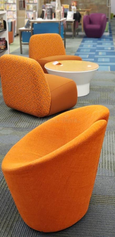 Πορτοκαλιά καθίσματα στοκ φωτογραφίες με δικαίωμα ελεύθερης χρήσης