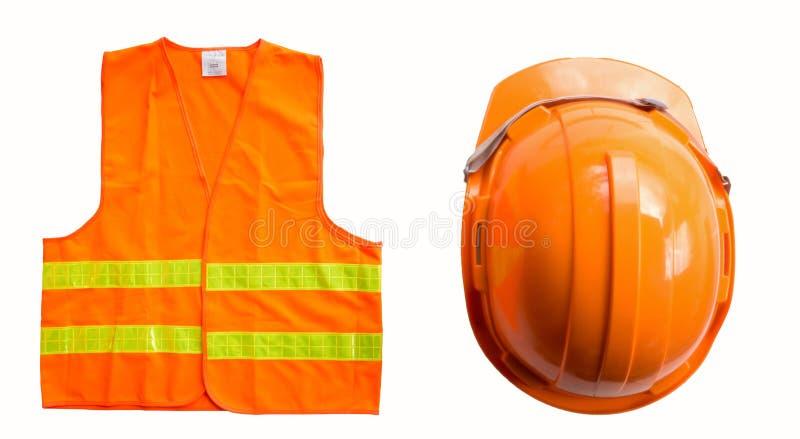 Πορτοκαλιά ΚΑΠ και πουκάμισο που απομονώνονται στο λευκό στοκ φωτογραφία