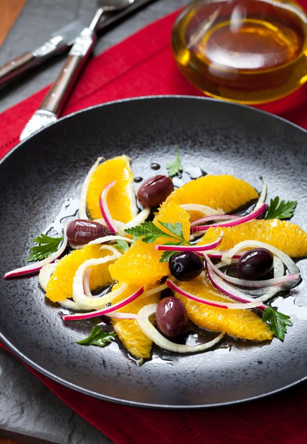 πορτοκαλιά σαλάτα μαράθ&omicron στοκ εικόνες με δικαίωμα ελεύθερης χρήσης