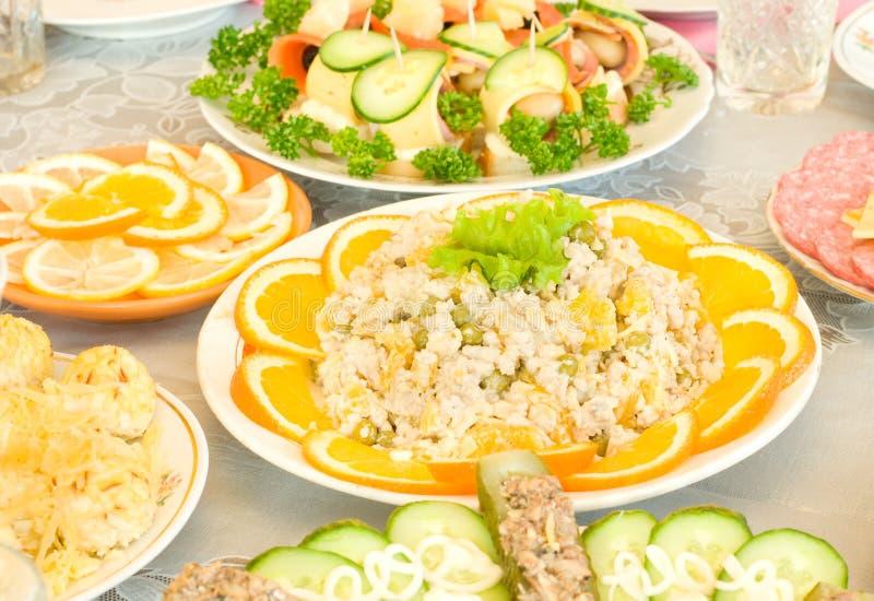 Download πορτοκαλιές φέτες σαλάτ&al στοκ εικόνα. εικόνα από ποτό - 13178743