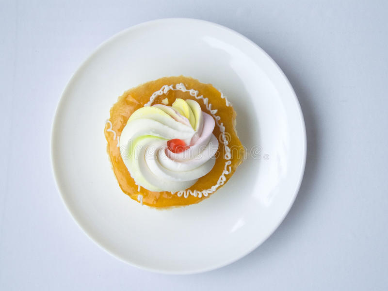 πορτοκαλί κέικ κρέμας βανίλιας στοκ εικόνες με δικαίωμα ελεύθερης χρήσης