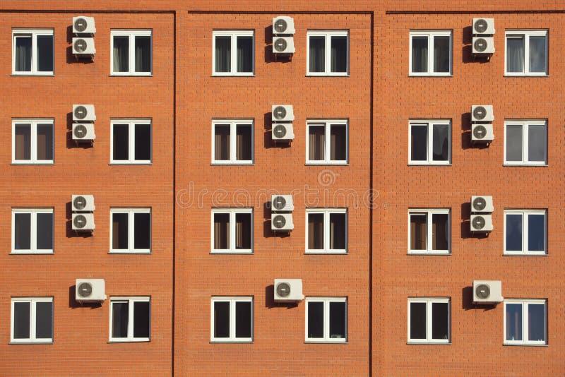 Πορτοκαλί ξενοδοχείο στη Ρωσία στοκ εικόνα με δικαίωμα ελεύθερης χρήσης