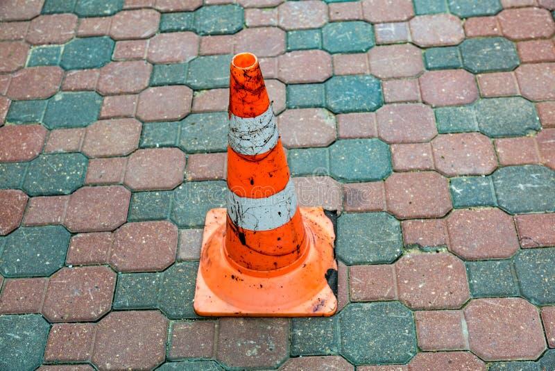 Πορτοκαλί σημάδι οδικών κώνων στοκ εικόνα με δικαίωμα ελεύθερης χρήσης