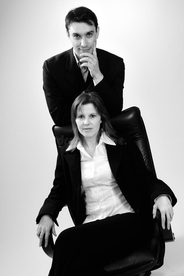 πορτρέτα επιτυχή δύο επιχ&epsil στοκ φωτογραφία