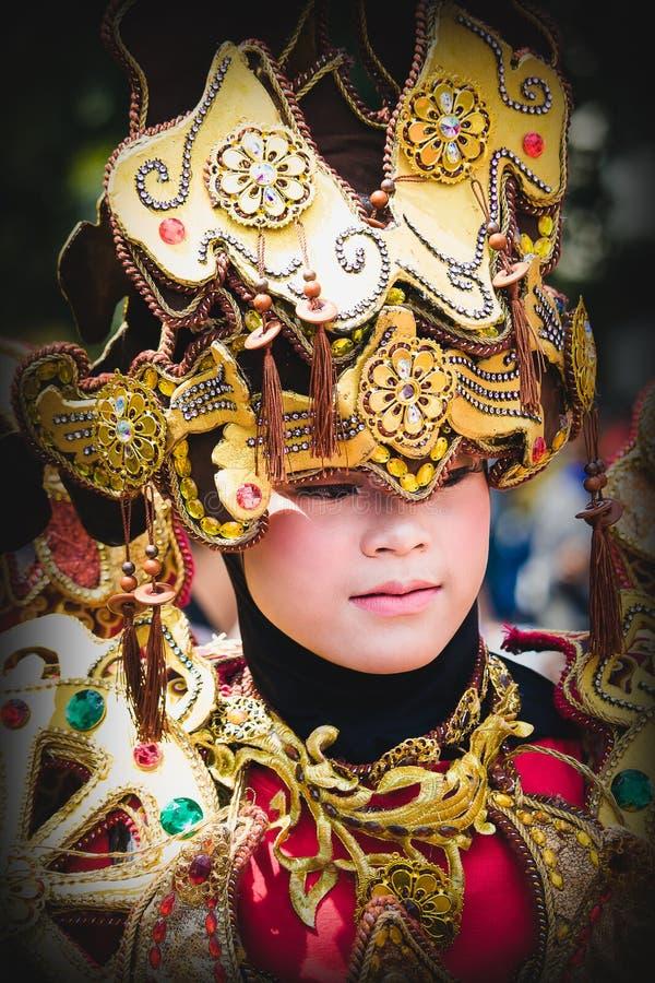 Πορτρέτο ενός κοριτσιού με το κοστούμι φαντασίας στο φεστιβάλ της Ασίας Αφρική στοκ εικόνα με δικαίωμα ελεύθερης χρήσης