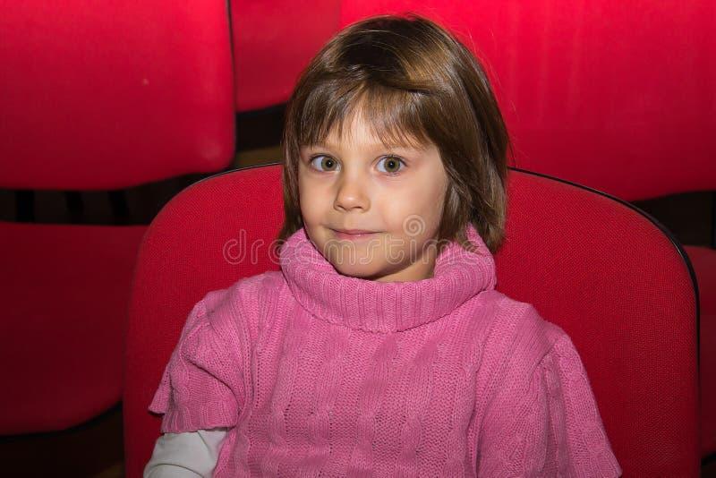 Πορτρέτο ενός νέου κοριτσιού στοκ φωτογραφία
