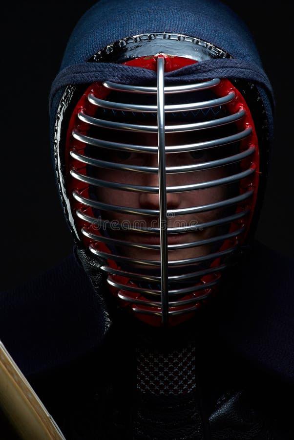 Πορτρέτο κινηματογραφήσεων σε πρώτο πλάνο του μαχητή kendo στοκ φωτογραφίες με δικαίωμα ελεύθερης χρήσης