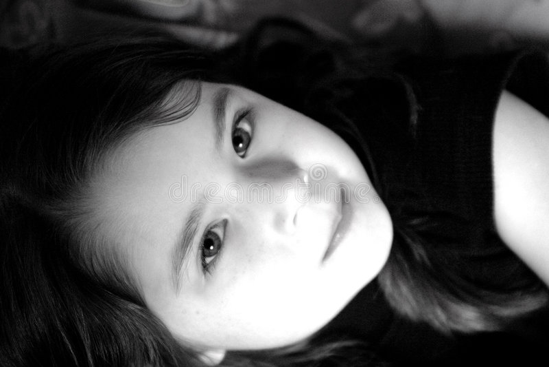 Download πορτρέτο κοριτσιών παιδιών στοκ εικόνες. εικόνα από γοητεία - 117414