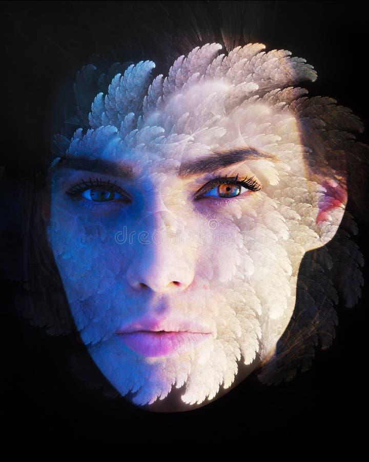 Πορτρέτο μιας γυναίκας που συνδυάζεται με fractal στοκ εικόνα