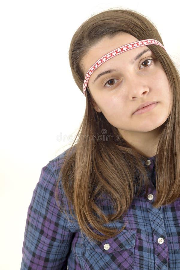 Πορτρέτο μιας νέας λυπημένης γυναίκας που απομονώνεται στοκ φωτογραφίες
