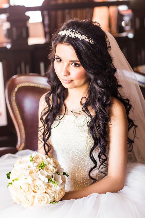 Πορτρέτο μιας νύφης με το γάμο makeup στοκ φωτογραφία με δικαίωμα ελεύθερης χρήσης
