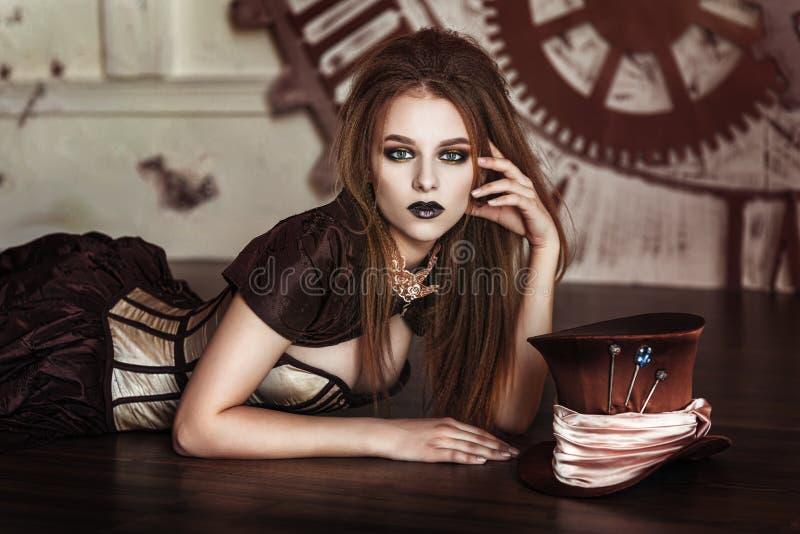 Πορτρέτο μιας όμορφης γυναίκας steampunk στοκ φωτογραφία