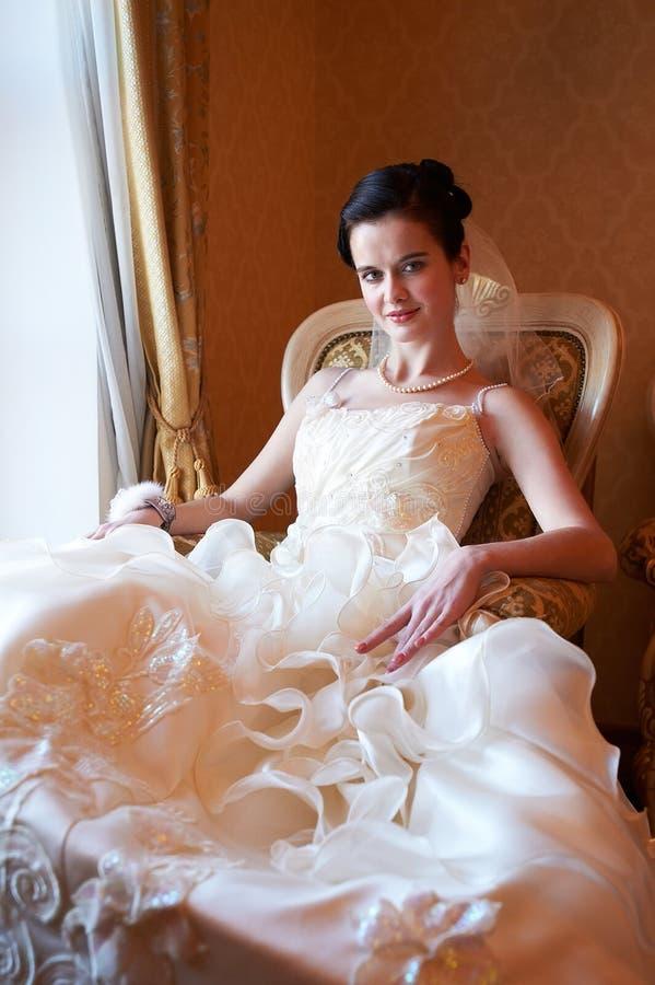 Πορτρέτο μιας όμορφης νύφης στοκ εικόνες