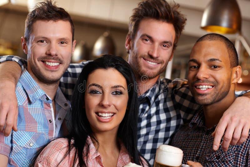 Πορτρέτο ομάδας των νέων στοκ φωτογραφία με δικαίωμα ελεύθερης χρήσης
