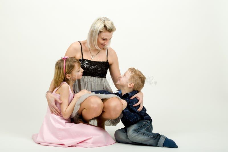 Πορτρέτο στούντιο της οικογένειας στοκ εικόνες