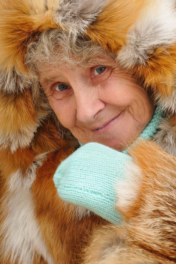 Πορτρέτο της ηλικιωμένης γυναίκας στοκ εικόνες με δικαίωμα ελεύθερης χρήσης