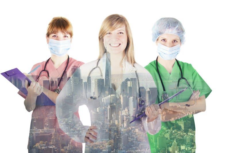 Πορτρέτο της ιατρικών νοσοκόμας και των γιατρών στοκ εικόνες με δικαίωμα ελεύθερης χρήσης