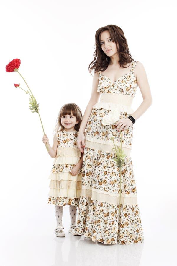 Πορτρέτο της μητέρας και λίγης κόρης στοκ εικόνα