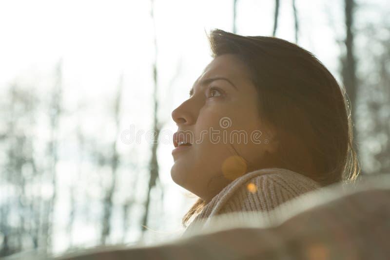 Πορτρέτο της νέας γυναίκας απελπισίας στοκ φωτογραφία με δικαίωμα ελεύθερης χρήσης