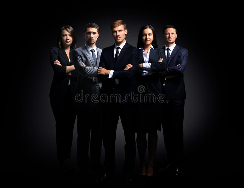 Πορτρέτο της στάσης πέντε επιχειρηματιών στοκ εικόνες