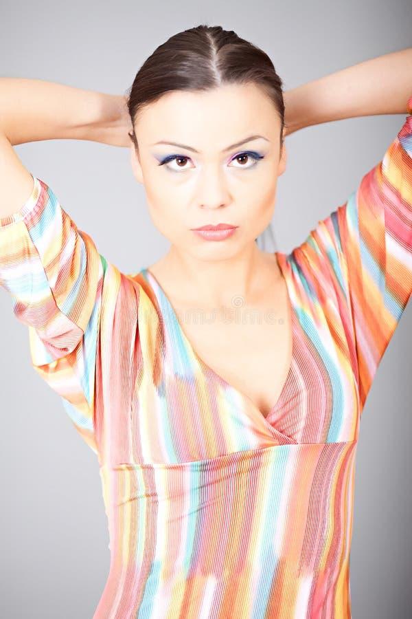 Download Πορτρέτο της όμορφης γυναίκας Στοκ Εικόνες - εικόνα από φρέσκος, πρόσωπο: 17057370