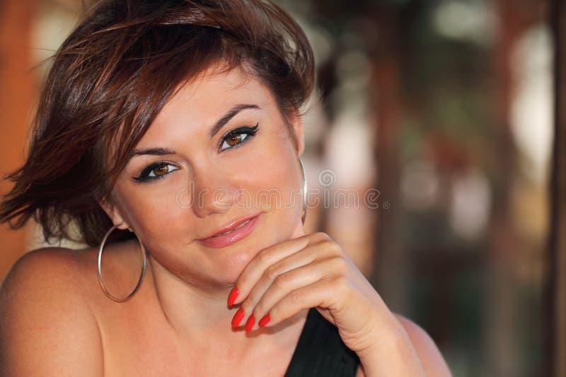 Πορτρέτο της όμορφης γυναίκας στοκ φωτογραφίες
