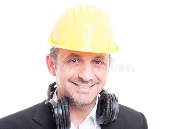 Πορτρέτο του αναδόχου που φορά hardhat και την κάσκα στοκ φωτογραφίες με δικαίωμα ελεύθερης χρήσης