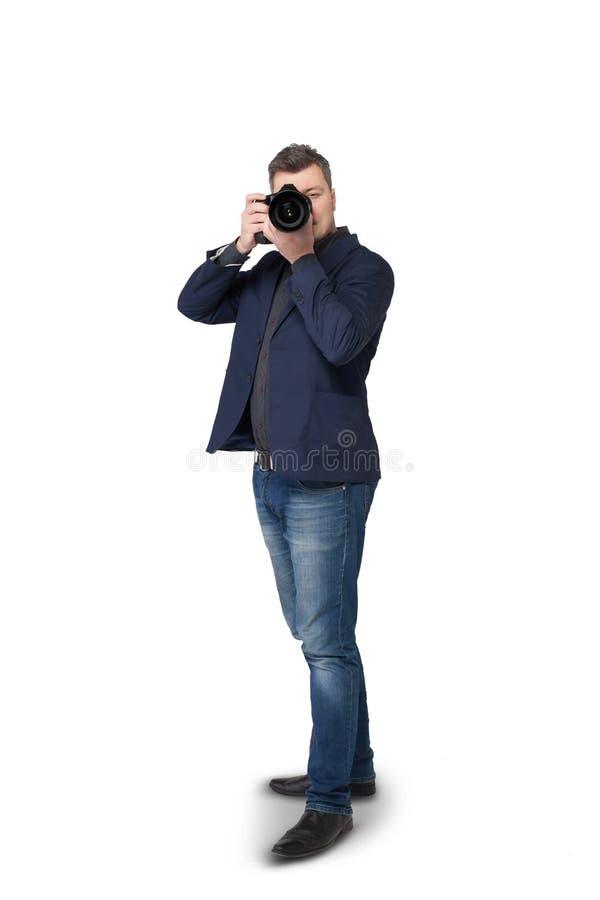 Πορτρέτο του αρσενικού φωτογράφου με τη ψηφιακή κάμερα στοκ φωτογραφίες