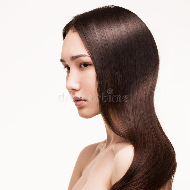 Πορτρέτο του ασιατικού κοριτσιού brunette στοκ εικόνα με δικαίωμα ελεύθερης χρήσης