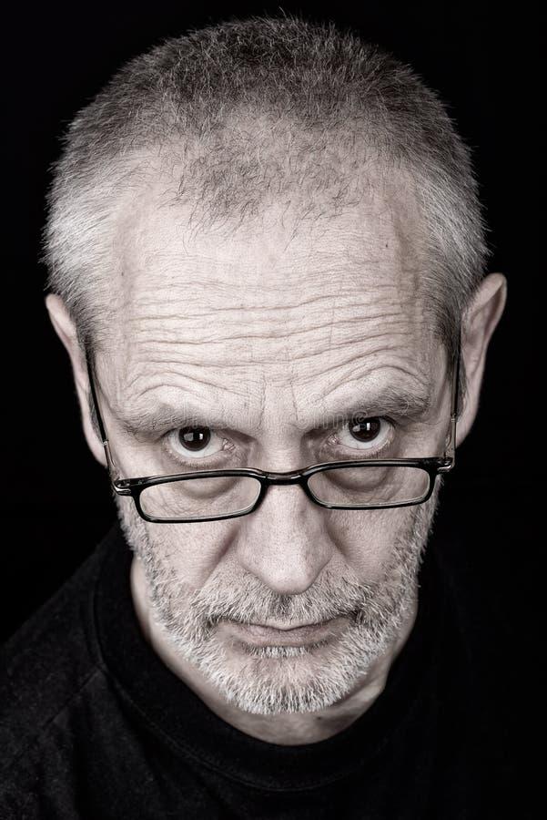 Πορτρέτο του ατόμου με το αδιάκριτο βλέμμα στοκ φωτογραφία