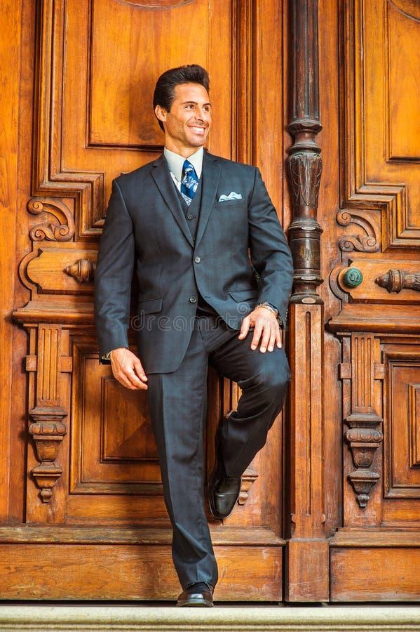 Πορτρέτο του επιτυχούς αμερικανικού επιχειρηματία Μεσαίωνα σε νέο Yo στοκ φωτογραφία με δικαίωμα ελεύθερης χρήσης