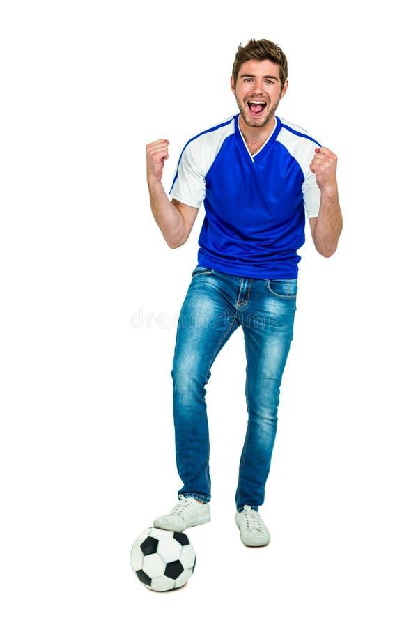 Πορτρέτο του ευτυχούς ποδοσφαίρου εκμετάλλευσης ατόμων με το στόμα ανοικτό στοκ φωτογραφίες με δικαίωμα ελεύθερης χρήσης