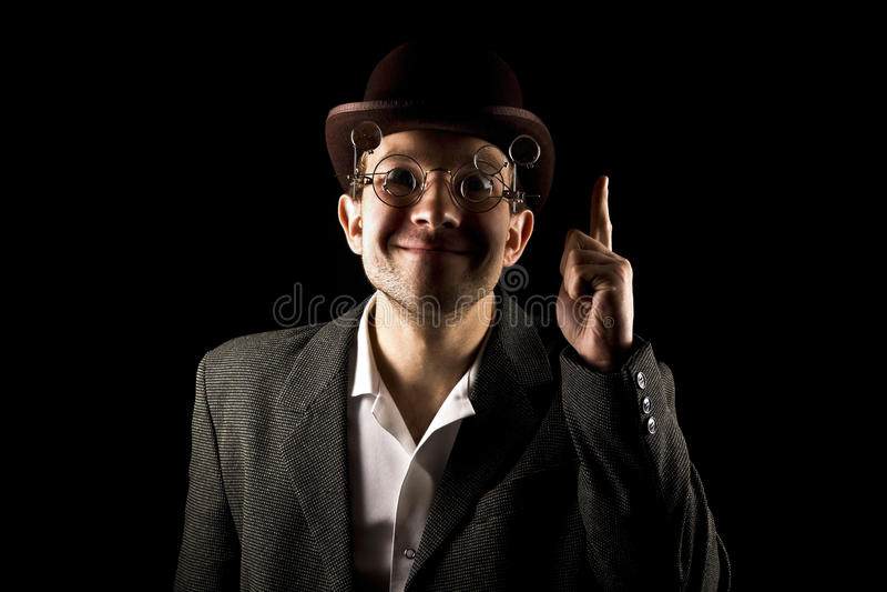 Πορτρέτο του νέου και ελκυστικού κυρίου στην αναδρομική φθορά ύφους στοκ φωτογραφίες με δικαίωμα ελεύθερης χρήσης
