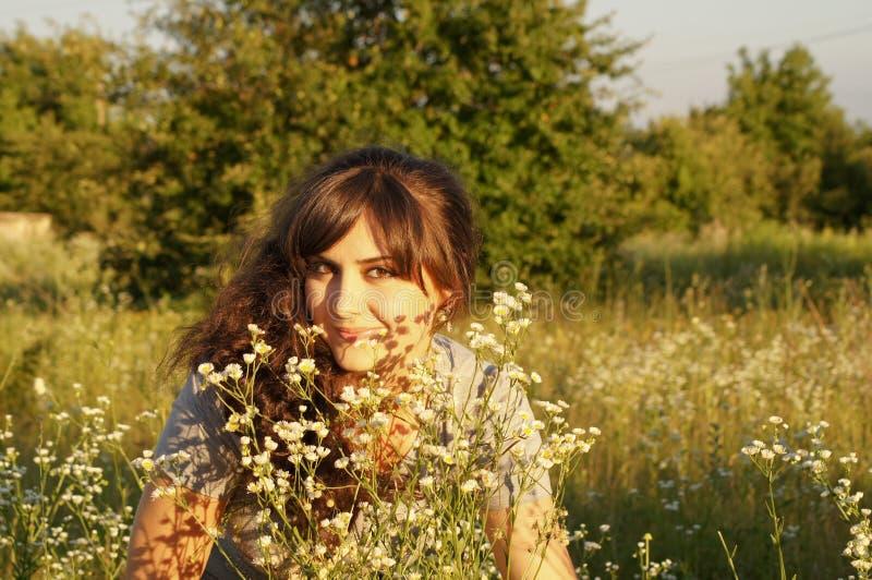 Πορτρέτο του δροσερού κοριτσιού στοκ εικόνα με δικαίωμα ελεύθερης χρήσης