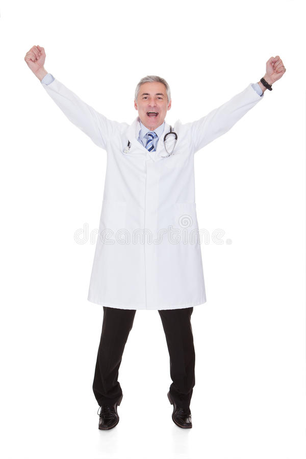 Πορτρέτο του συγκινημένου αρσενικού γιατρού στοκ εικόνες