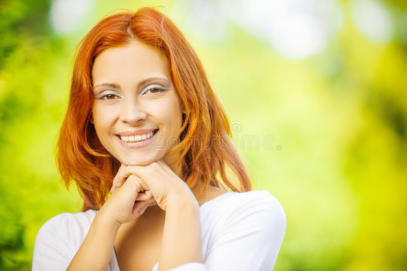 Πορτρέτο του redhead brunette στοκ εικόνα