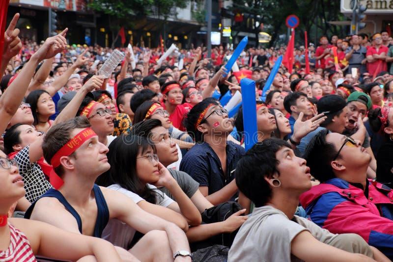 Πορτρέτο των βιετναμέζικων οπαδών ποδοσφαίρου στοκ φωτογραφία